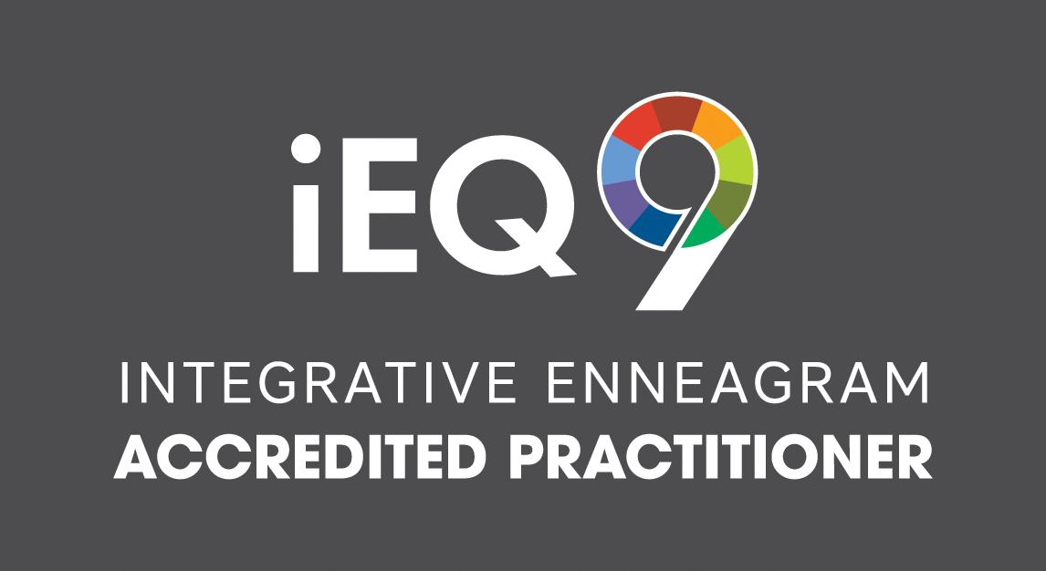 iEQ9-AccreditedPrac-logo-dark