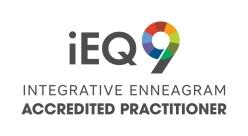 iEQ9-AccreditedPrac-logo-white-v